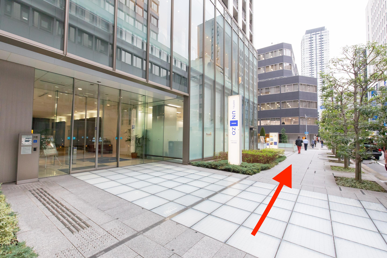 ④ホテルユニゾ大阪淀屋橋が見えます。
